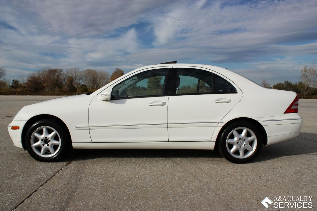 2004 mercedes benz c320 4matic white on black a a for 2004 mercedes benz c320